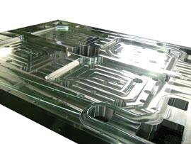 大型アルミ加工(液晶関連部品)